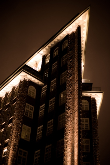 Hamburg city center - Chilehaus at night