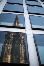Hamburg city center - reflection Sankt NiKolas' church