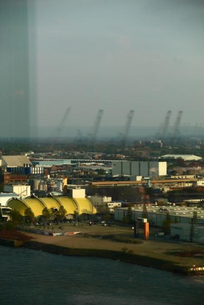 Hamburg Hafen - reflection